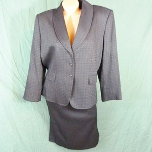 Tahari By Arthur Levine 16 Skirt Suit Black 2 Pc